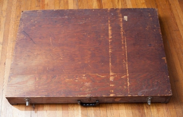 جعبه اسرارآمیز