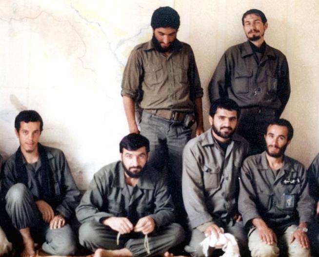 تفکر انقلابی مدیون انقلابی است که امام راحل پرچمدار آن بود تفکری که سرمشق حال و آینده ماست