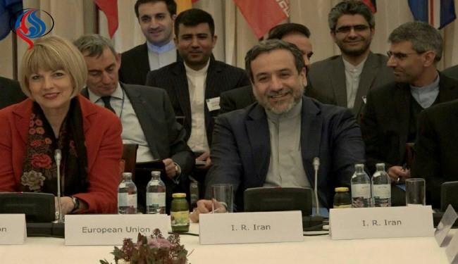 مسئولان این دولت اگر می خواستند در مذاکرات حق ملت مظلوم و رنج کشیده ایران را از آمریکائیان بگیرند باید شجاعت و تدبیر می داشتند نه غرور و خود سری و توهین و بد زبانی به منتقدان و دلسوزان نظام