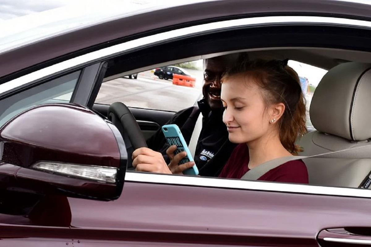 تمرکز رانندگان بعد از اتمام تماس تصویری بهشدت کاهش مییابد